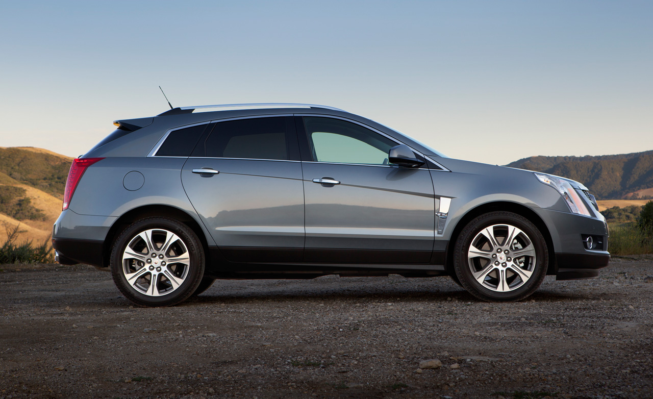 Looking for a Pre-Owned Luxury Crossover? Consider The Cadillac SRX