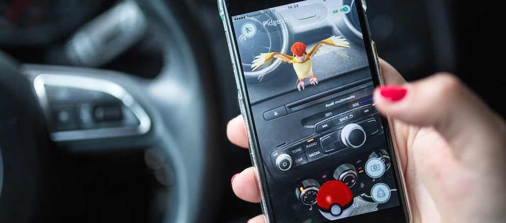 Bill to Ban 'Pokemon Go' & Other App Use While Driving in California