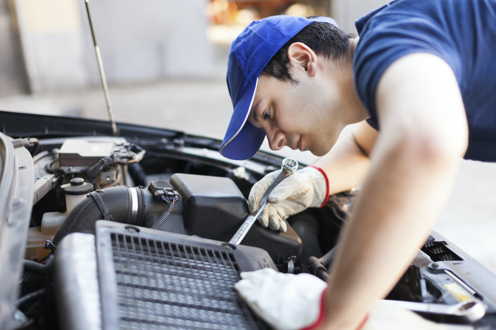 The 5 Best Home Car Maintenance Tools To Own