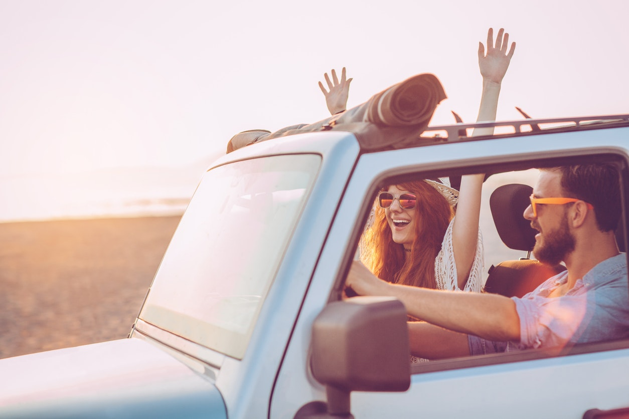 Moonroof vs. Sunroof: What's the Difference?
