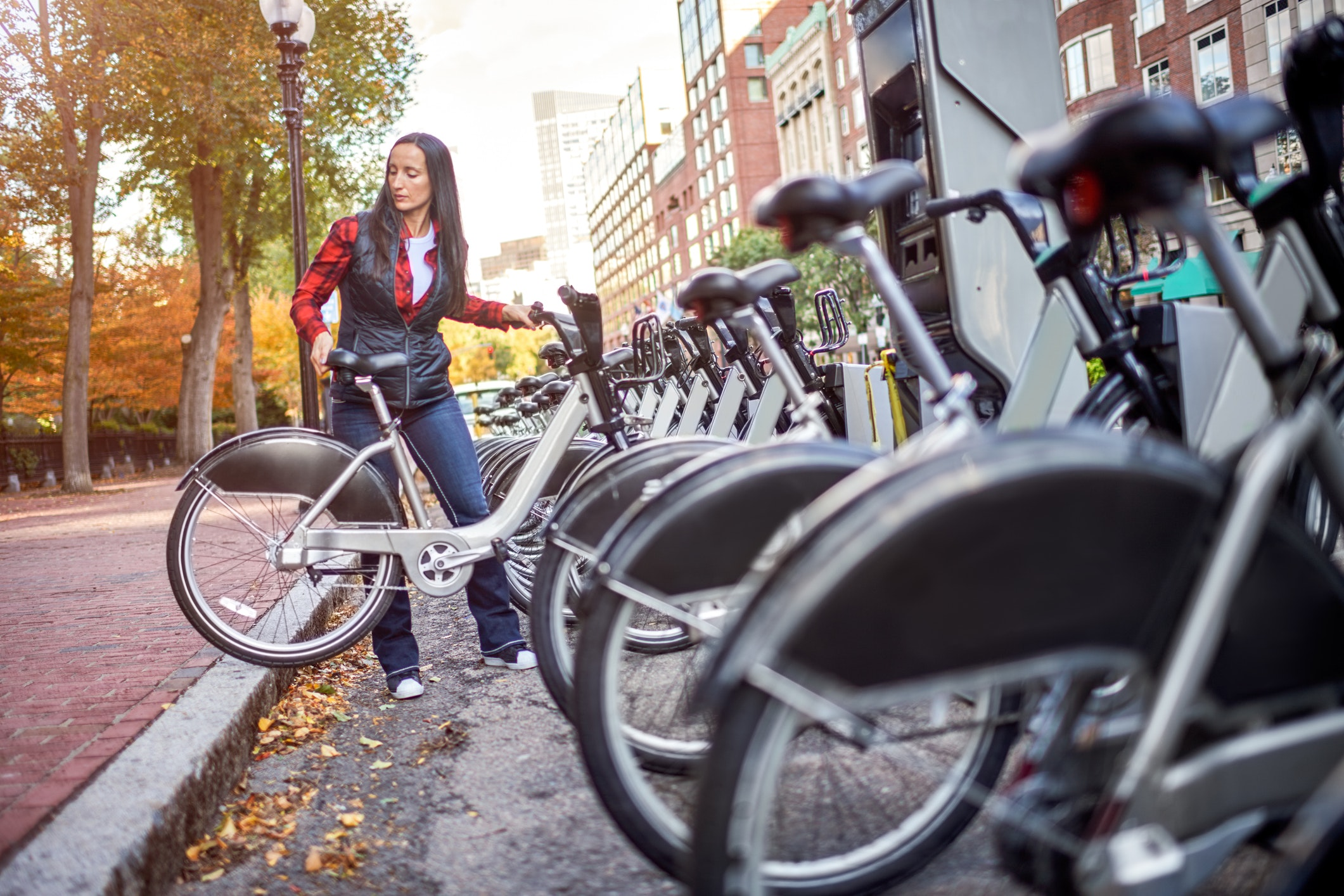 The 10 Most Affordable Bike Share Programs in the U.S.