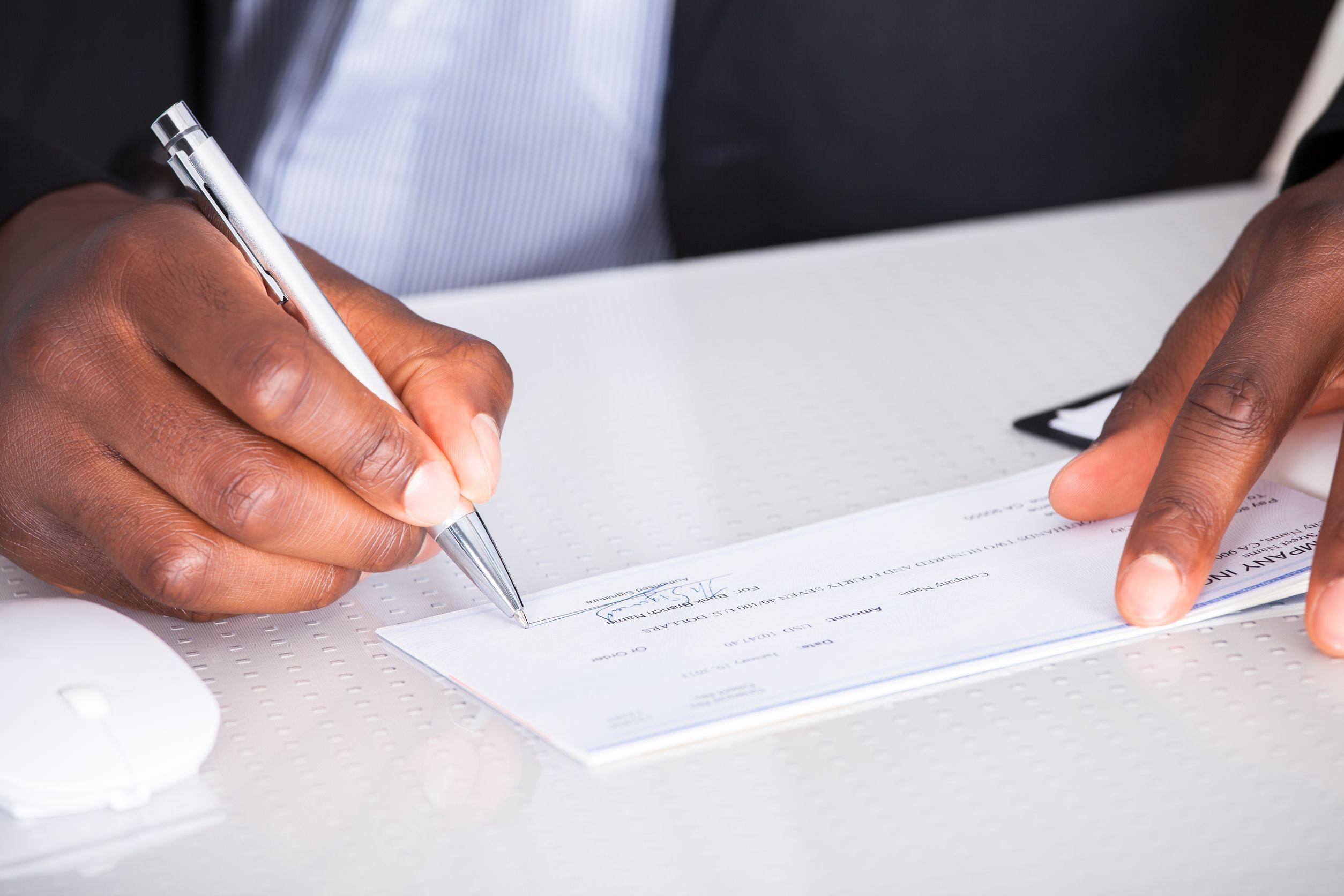 How to Verify Cashier's Checks